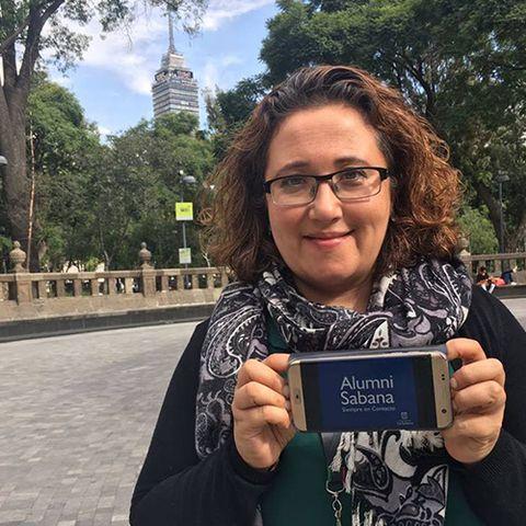 Menú superior perfiles Alumni graduados en el exterior Rosa Cristina Parra Lozano unisabana