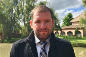 Luis-Fernando-Silva-director-estudiantes-eicea-unisabana