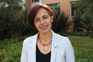 Claudia Suárez Acuña. Profesora de Enfermería. Facultad de Enfermería y Rehabilitación