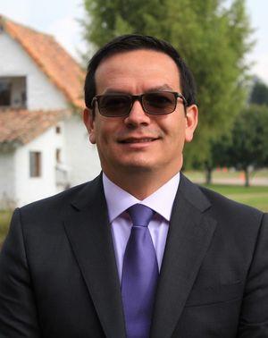 Carlos Montes Jefe de Éxito académico