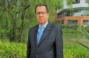 Profesor Gustavo Gómez