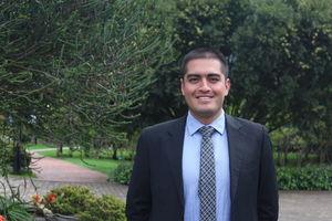 Profesor de Fisioterapia Iván Ramírez Cardozo