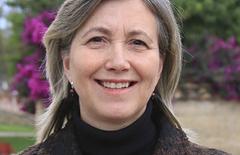 María Cecilia paredes, profesora de la Facultad de Medicina