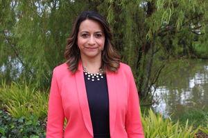 Decana Martha Rocío González