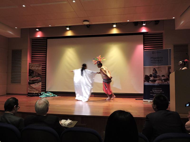 baile tradicional de La Guajira- muestra en La Sabana