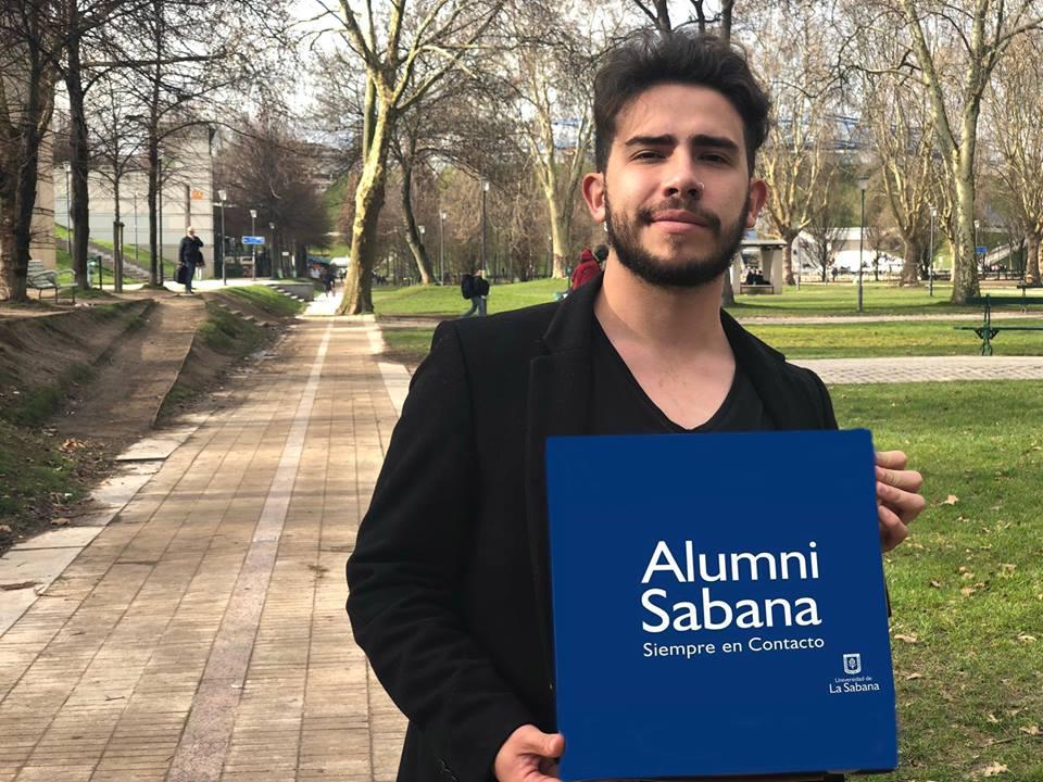 Cristhian Mendoza, graduado de Comunicación Audiovisual de la Universidad de La Sabana