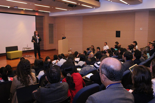 Nicolás Montero se reúne con profesores en VII Semana de Inmersión Tecnológica