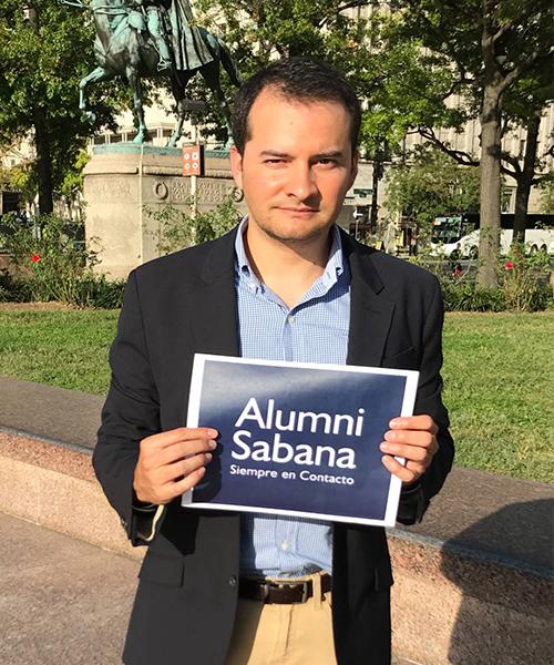 Jaime Moreno graduado de Comunicación Social y Periodismo