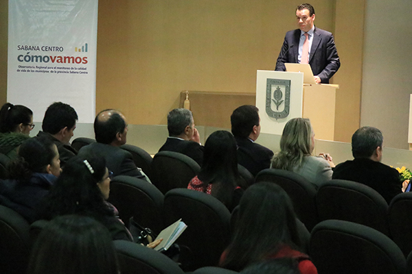 Juan Carlos Camelo de Sabana Centro Cómo Vamos en la Presentación de la Primera Encuesta de Percepción Ciudadana.