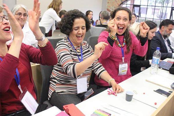 profesores participando en semana de inmersión tecnológica
